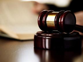 Juiz indefere pedido de liminar para cobrança de contribuição sindical.