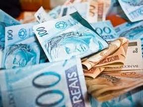 Empresa deve devolver dinheiro descontado de funcionário.