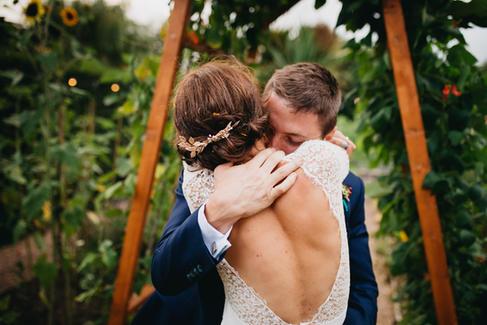Hampshire Boho Wedding   Back garden Wedding Wedding Photographer   Lucky Sam Wedding Photographer