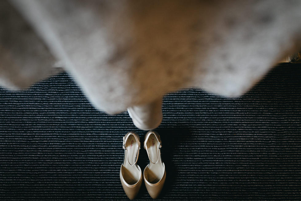 The Perch Oxfordshire Wedding | Oxfordshire Wedding Wedding Photographer | Lucky Sam Wedding Photographer