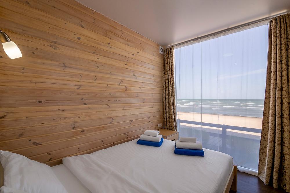 Фото готелю Арабатка Клаб. Перша лінія з видом на Азовське море