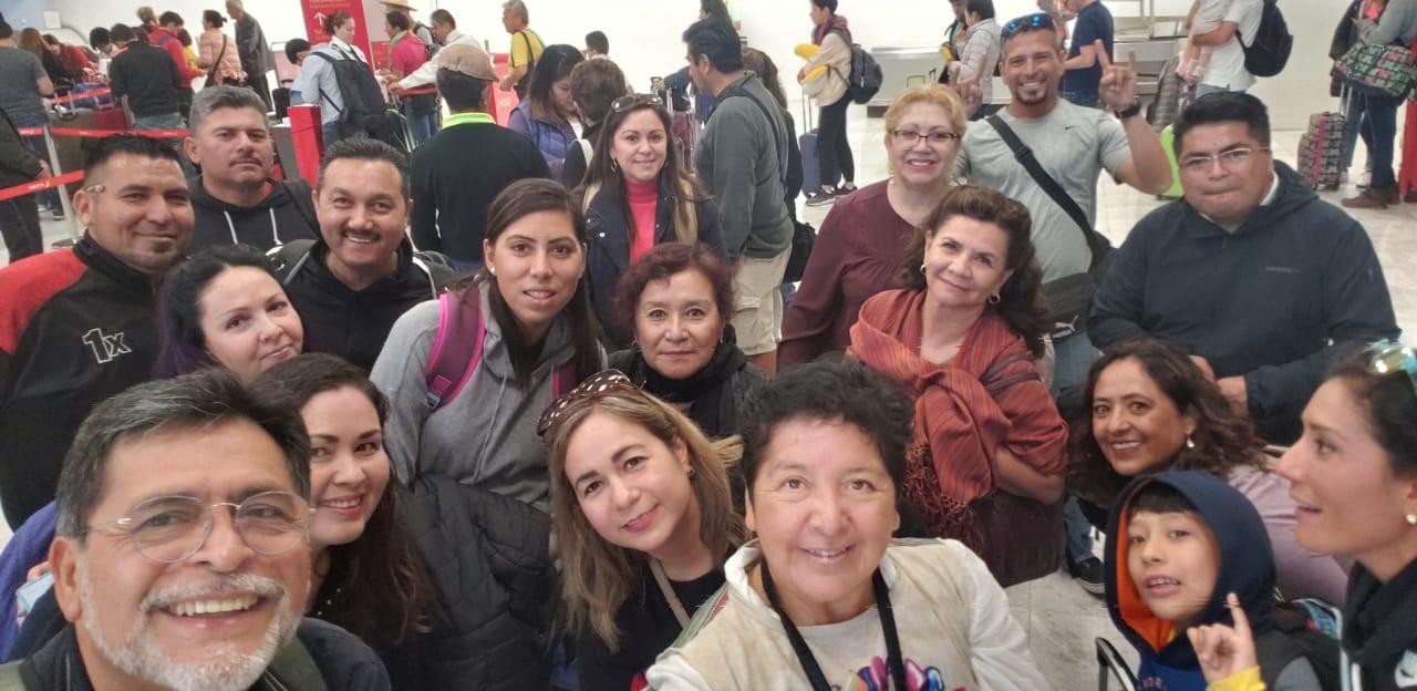 Selfie de grupo Mexicana