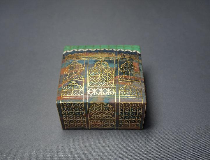 截金彩色方形香盒「風の窓」