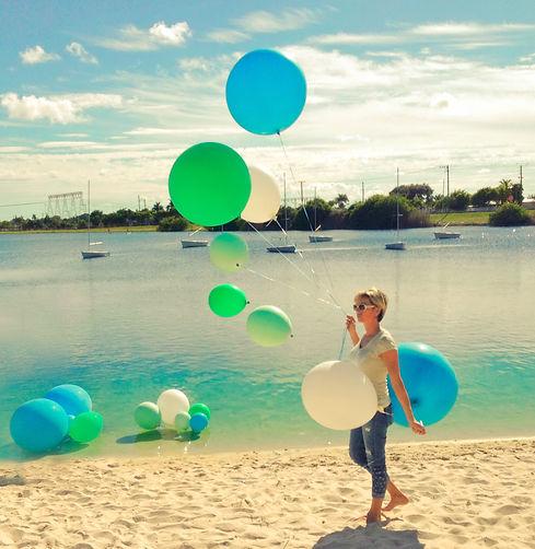 Balloons-lake.JPG