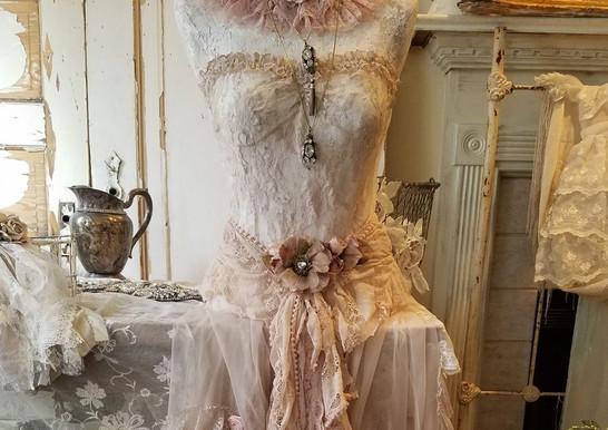 Mannequin dressform.jpg