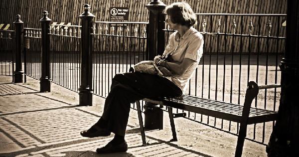 home caregiving, seniors, preventing loneliness
