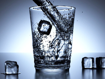 Creative Ways Home Caregivers Can Help Seniors Stay Hydrated
