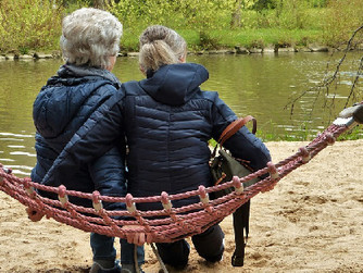 Transitioning from Family Caregiver to Home Caregiver: When to Ask for Help