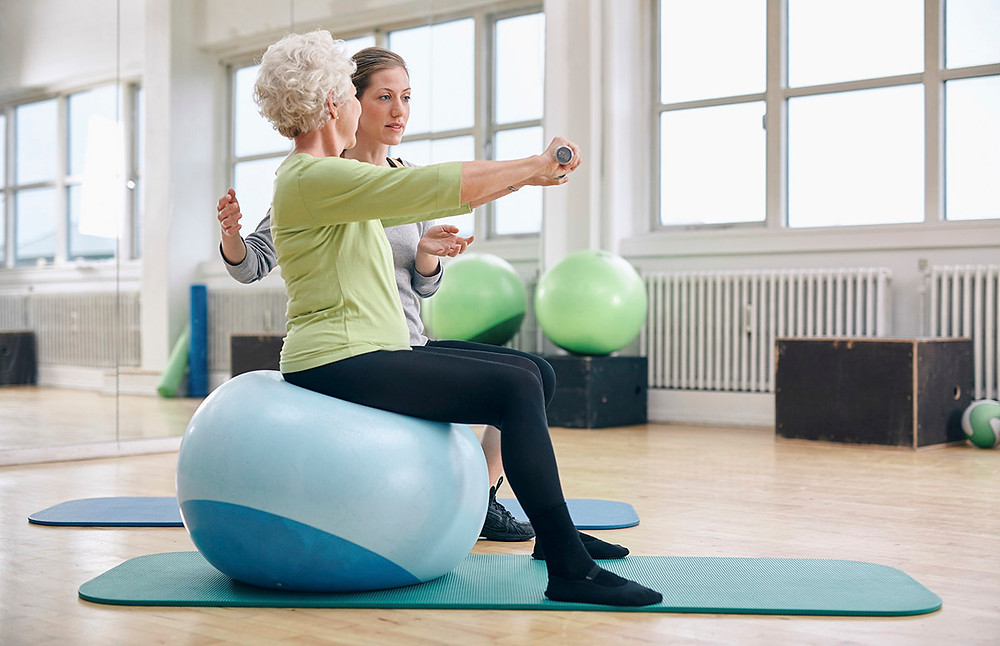 senior fitness exercises and healthy living for seniors