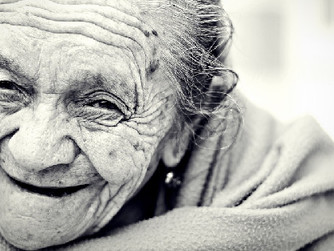 How Home Care Services Empower Senior Women