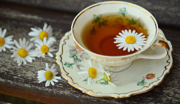 home care services, healing power of tea, home caregiving tips