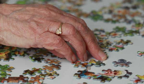 dementia care plan, lgbt seniors, senior care, in home care, caregiving