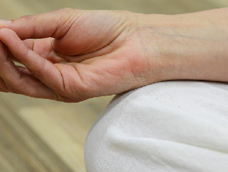 Easy Meditation Practices for Caregivers and Seniors