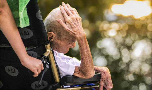 signs of elder abuse, senior care, home care services