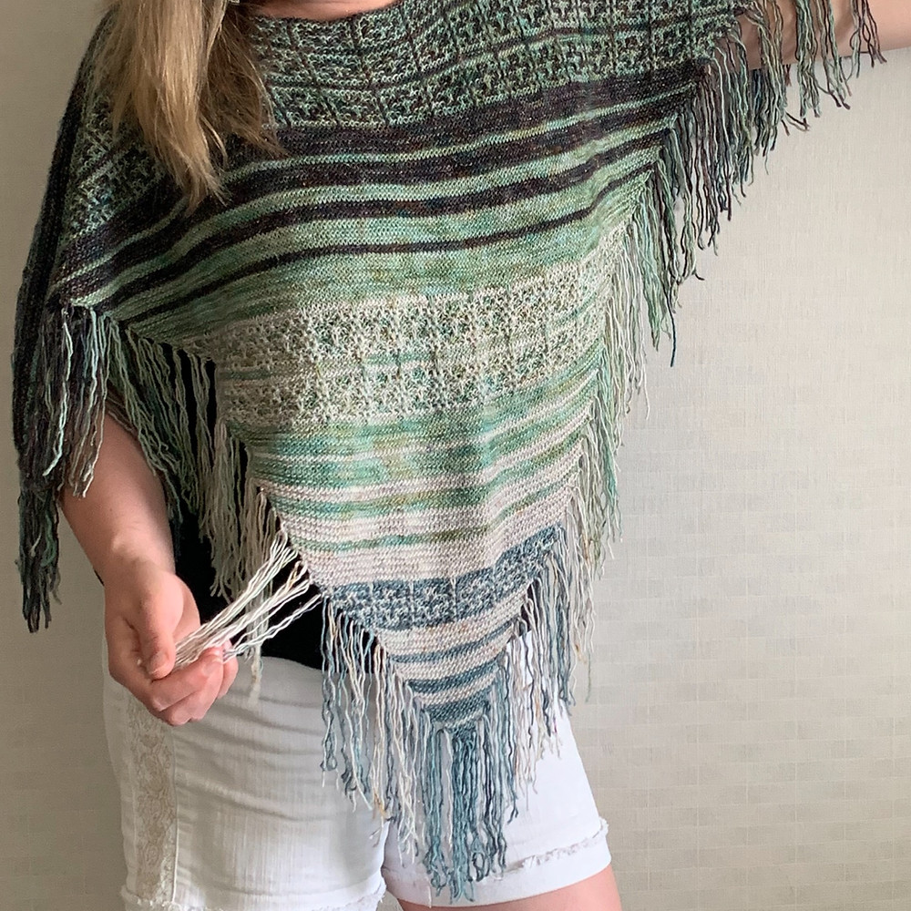 Magic Fringe Poncho Mosaic Knitting Pattern