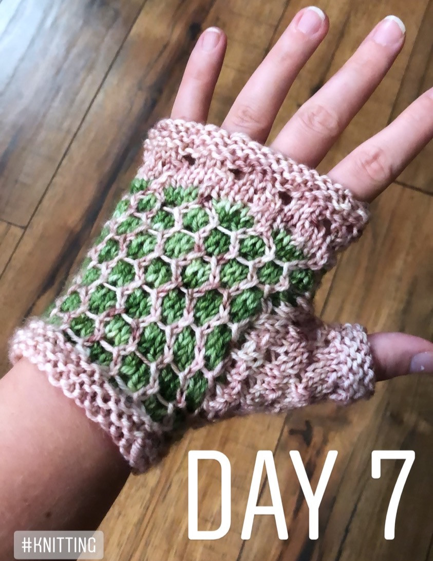 I'm in the process of working up a mitts pattern to match the shawl I just finished for @toadhollownj . What do you guys think? . The picture is just kind of a rough idea of the overall design