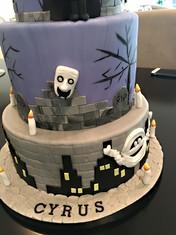 Hotel Transilvania Cake