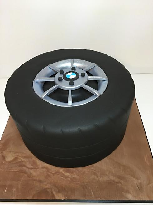 Car Tyre Cake