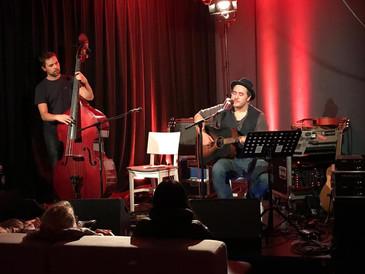 Max Francois Band 3.jpg
