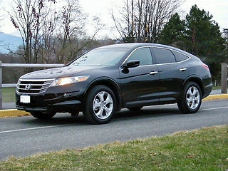2010-Honda-Crosstour_edited.jpg