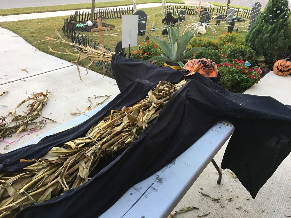 How To Make A Scarecrow By Home Style Austin