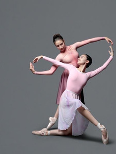 Letícia & Manuela | Berlin State Ballet School - Ph Pickled Thoughtz