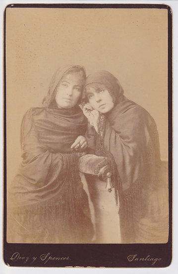 United in mourning – Cabinet Card – Diaz y Spencer, Santiago de Chile c. 1880