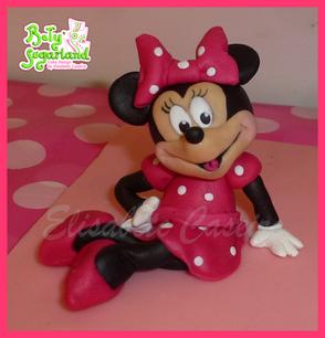 Minnie 2 cake 3.png