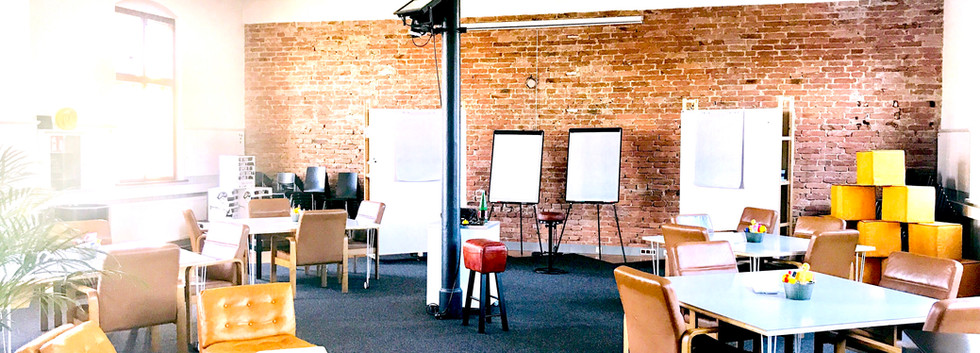 Multifunctional Workshop Salon
