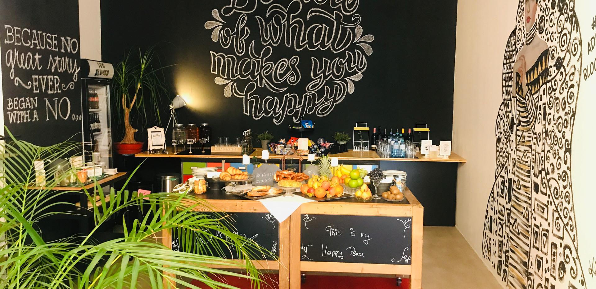 Food Court at Seminarloft Hauptbahnhof