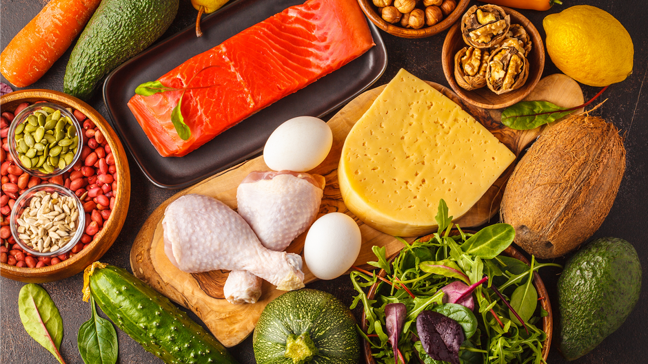 The Keto Diet: Top Five Benefits for Grandparents
