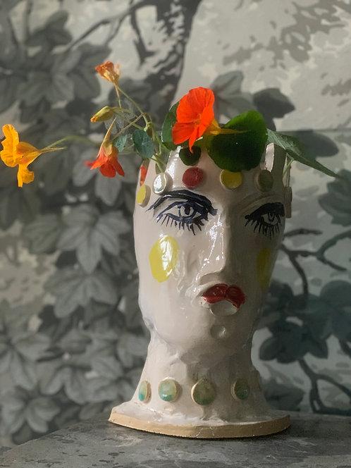 Countess Hot Lips Pot Head