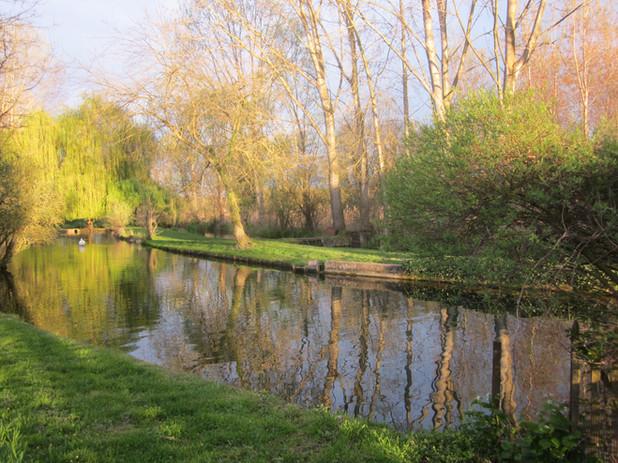 Photo parcours des fontaines printemps canaux rivière