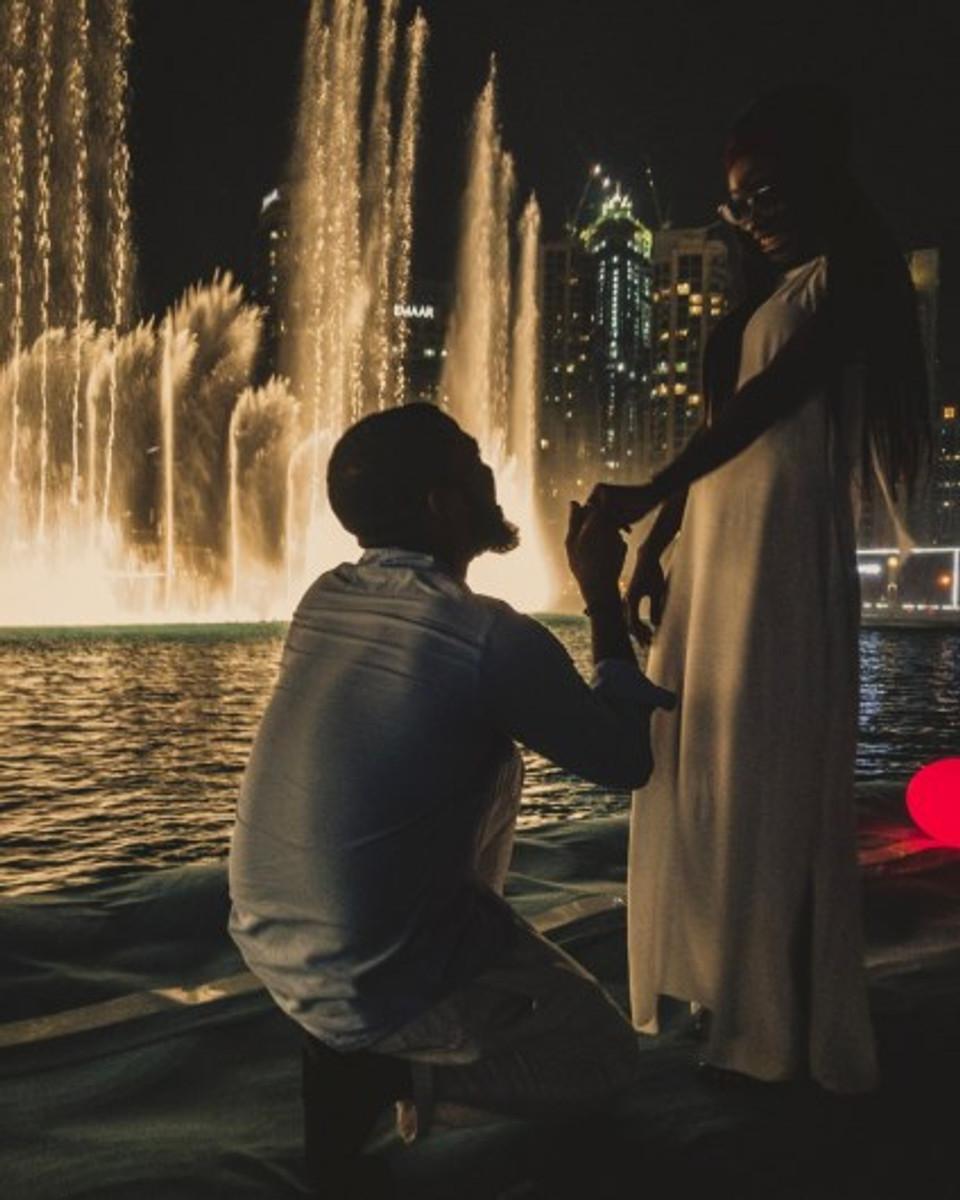 We Got Engaged - Dubai Fountain, United Arab Emirates | Couples Travel | bottled-sunshine.com