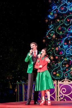 A Holiday Wish Come True Tree Lighting Ceremony
