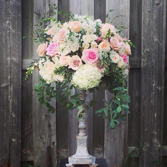 One of Katie's pretties for tomorrow #wedding#pretty#pink#peach#blushwedding #flowers #delawareflori