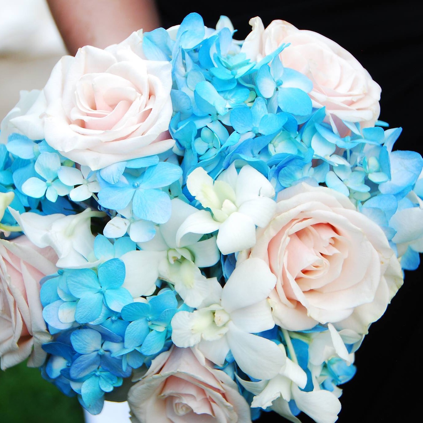main line wedding flowers