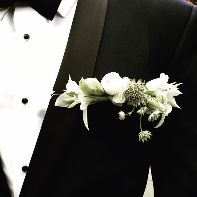 Perfect For the brides-man in your wedding.