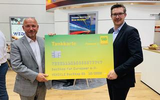 SVG unterstützt DocStop mit Tankkarte im Wert von 3.000 Euro