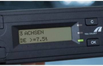Ab 01.01.2019 müssen Lkw-Fahrer die Gewichtsklasse in der OBU verpflichtend eingeben.