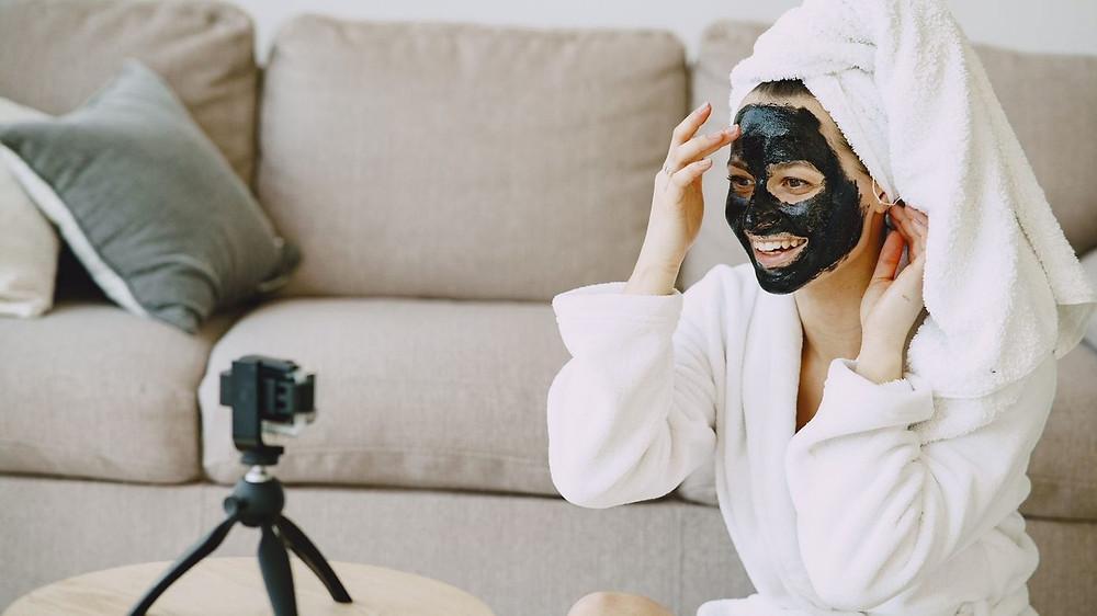 CBD Face Mask Vlogging