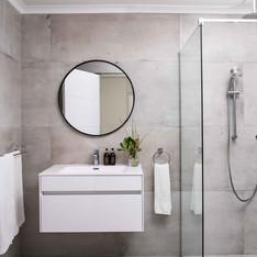Luxury Twin Bathroom