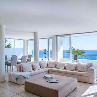 Penthouse Dining & Lounge area