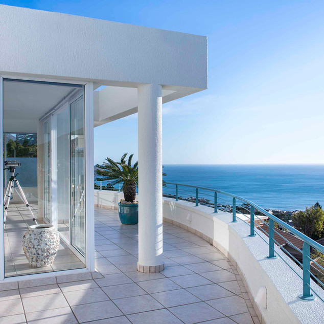 Private Balcony in Penthouse Apartment w