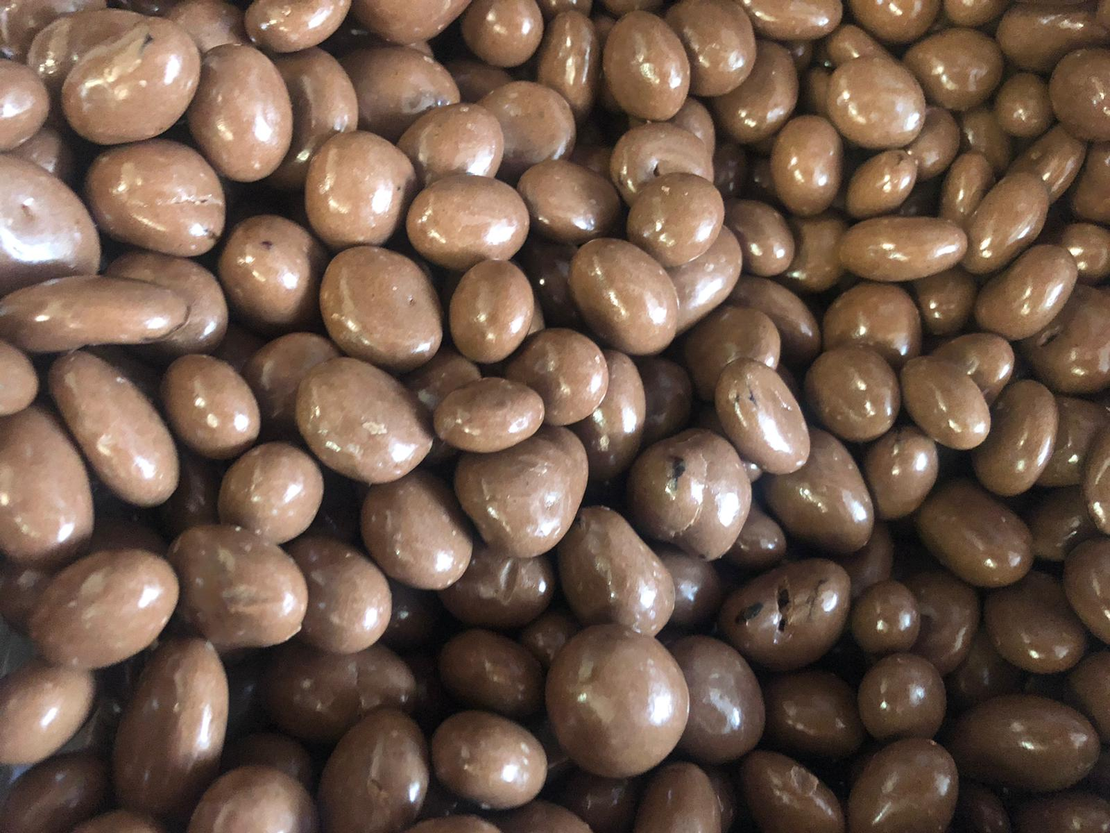 chocolate Coated Raisans