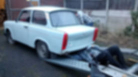 trabant loading on trailer