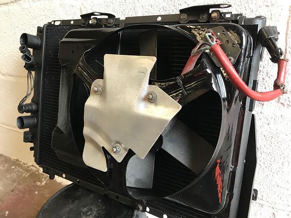 Integrale radiator and fan