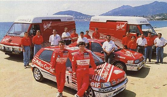 Renault Master Automecca team van