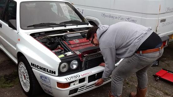 Lancia Delta front bumper removal