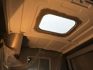 renault master roof light